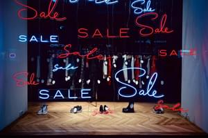 Top 10 ways to avoid the retailer tricks that make you spend more